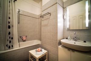 Ferienwohnung auf dem Feldsteinhof - Badezimmer
